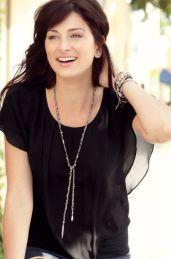 Zoe Lariat